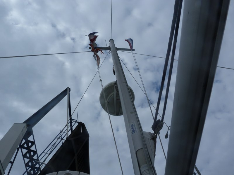 Elburgerbrug åbner - vind i masten