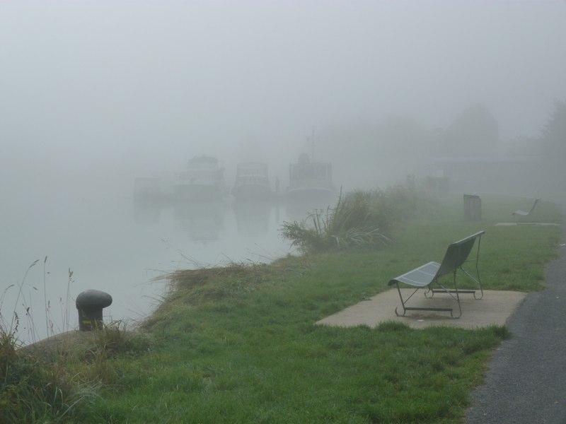 Sillery havnepromenade - stadig tæt tåge op ad formiddagen